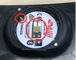 Battery contacts on inside of 4iiii battery compartment